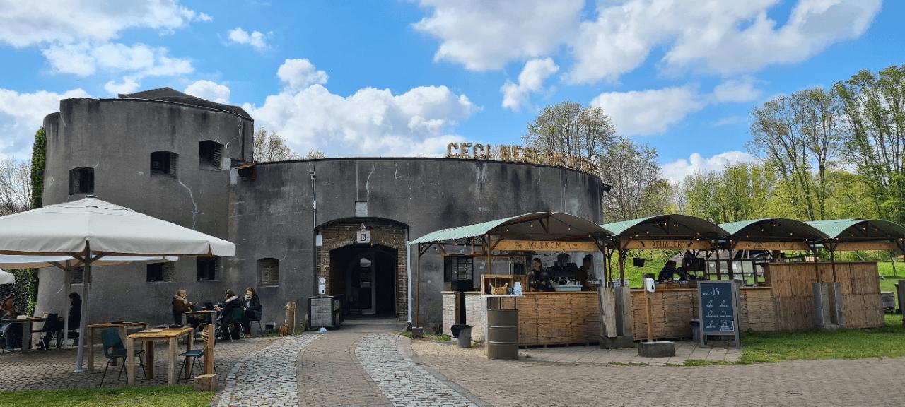 Het terras van het Fort aan de Klop is weer open 2021 (1)